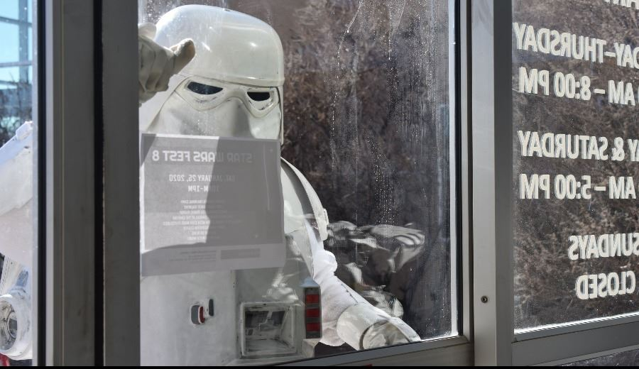 Snowtrooper at Star Wars Fest 8